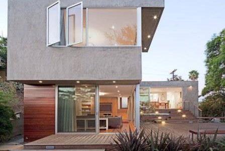 Construção de moradia de luxo.