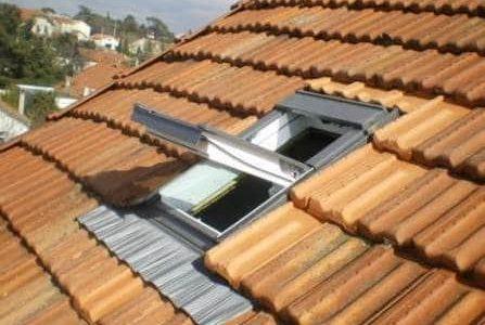 Infiltrações em telhados – Telha Marselha e impermeabilização de janela
