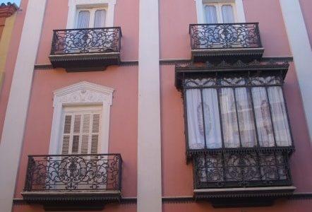 Pintura de fachada de edifício.