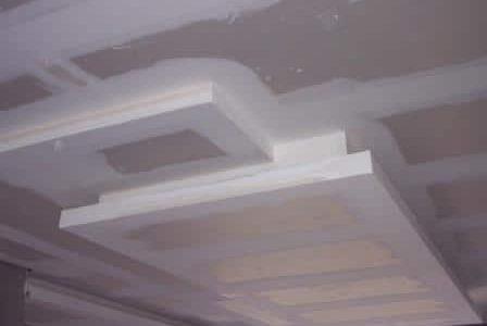 Aplicação de pladur em teto falso.