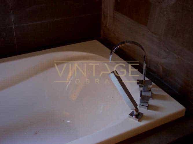 Remodelações de casas de banho: Banheira e misturadora