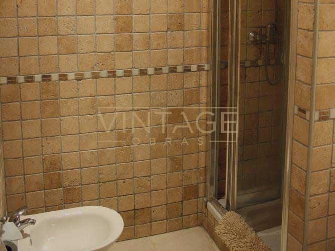 Remodelação de casa de banho com azulejo 10x10
