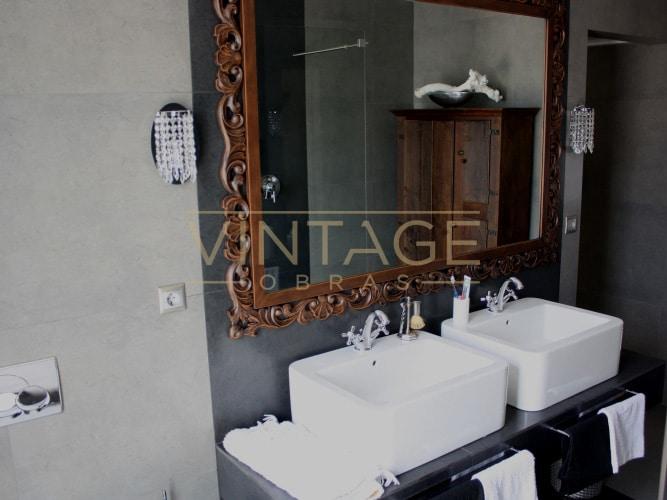 Remodelação de Casa de Banho - Lavatórios com espelho decorativo.
