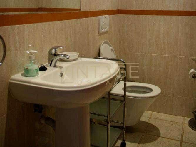 Remodelação de casa de banho: loiças suspensas