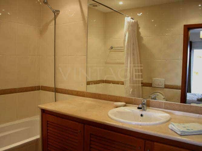 Remodelação de casa de banho moderna