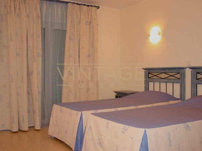 Remodelação geral quarto duas camas